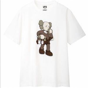 Uniqlo x KAWS Shirts - KAWS x UNIQLO T-shirt